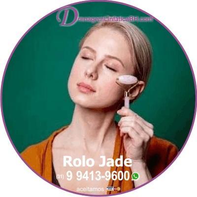 Drenagem Linfática Facial com Rolo Jade