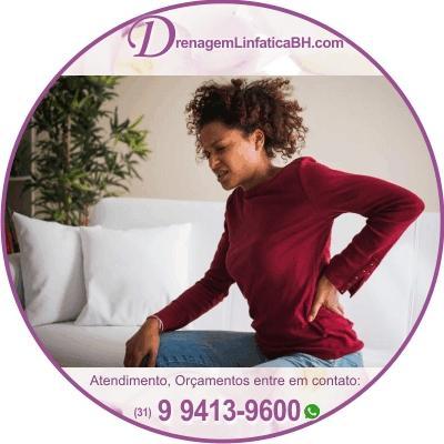 A dor lombar, em particular - causada pelo aperto muscular - pode ser melhorada com a massagem, reduzindo a tensão nessa área.